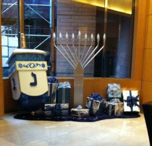 Hannukah_RiverPlace